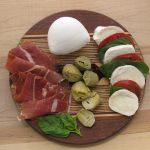 Gourmet-Gift-Basket-Mozzarella