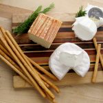 Gourmet_Gift_Basket_Buffalo_Cheese